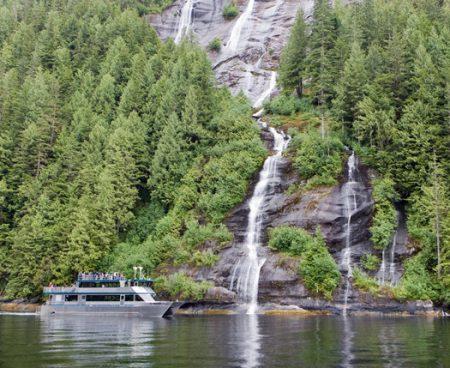 https://truealaskantours.com/wp-content/uploads/2015/12/MF-5-approaching-a-waterfall1-450x368.jpg